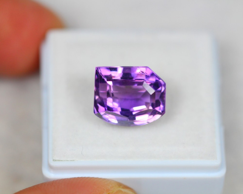7.47ct Purple Amethyst Fancy Cut Lot D81