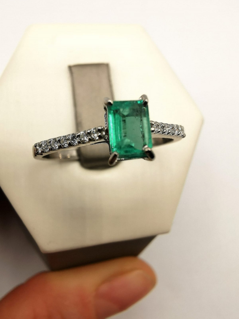 not available Colombian Emerald 18k Solid Gold Ring Colombian Emeralds Colo
