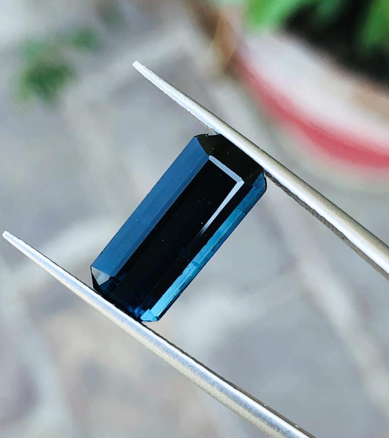 4.65 Ct Natural Dark  Blue Transparent Tourmaline Gem