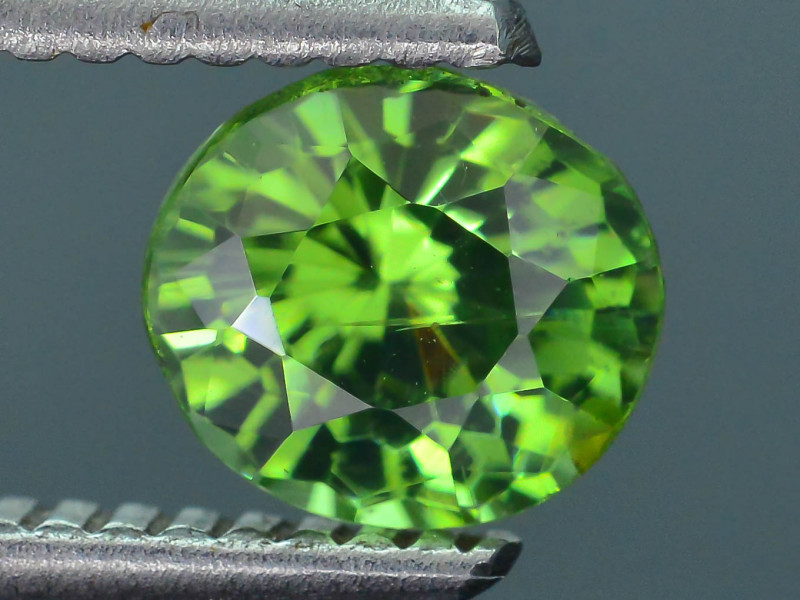 Rare 1.31 ct Green Zircon Great Luster Unheated Cambodia SKU.7