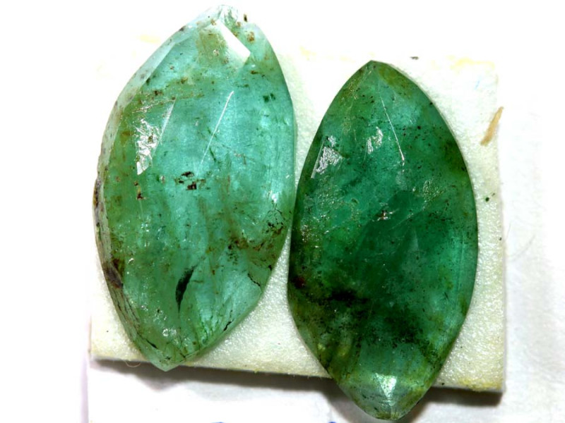 2.68 CTS EMERALD FACETED PAIR   ADG-96