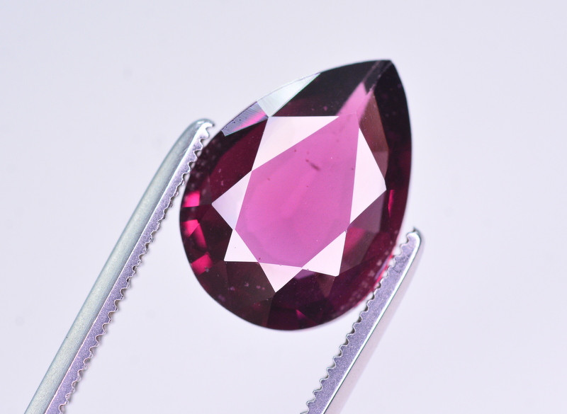 Rarest 3.35 Ct Amazing Color Natural grape Garnet ~ Mozambique