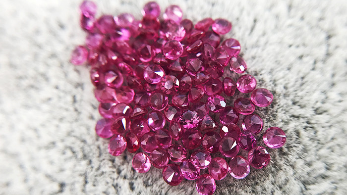 3.49ct - Round Cut Natural Ruby Lot - 1.8mm