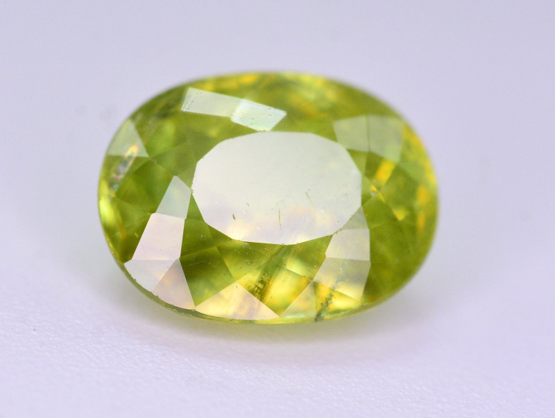 Top Fire 2.15 Ct Natural Tanzanian Sphene
