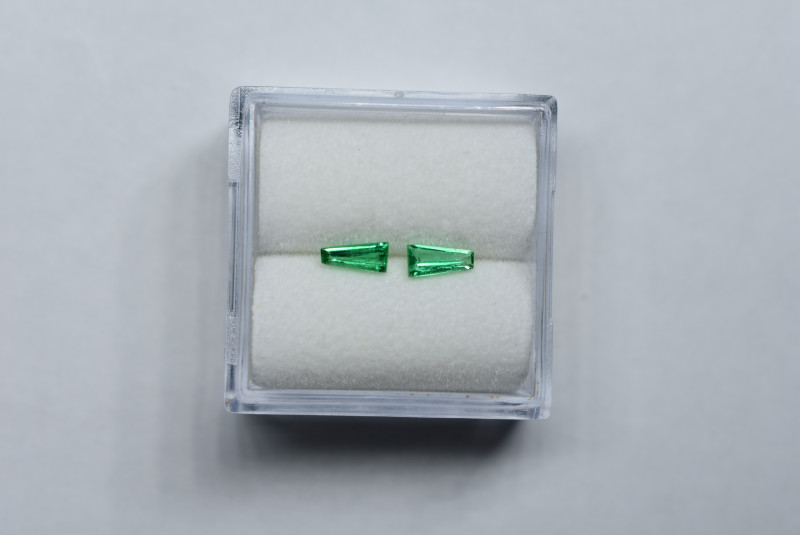0.23 Carat Tapered Baguette Pair Vivid Green Panjshir