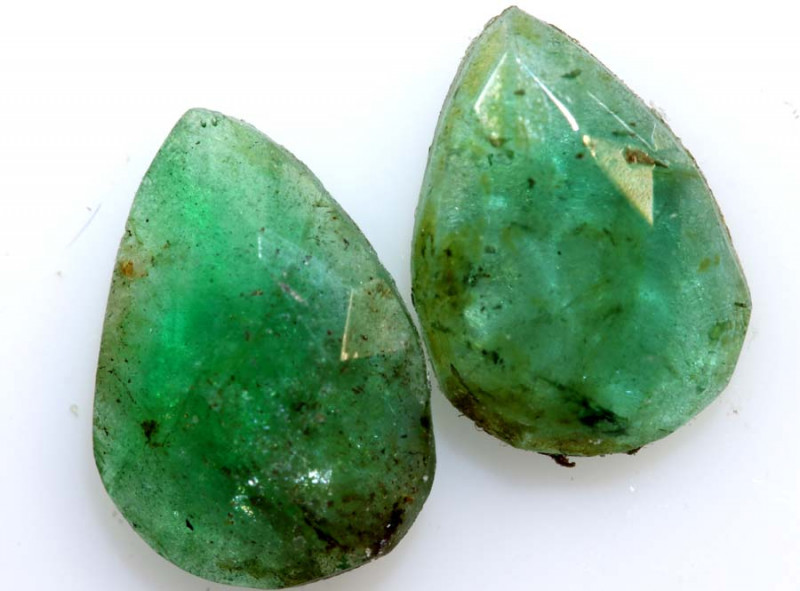 1.72 cts -EMERALD  FACETED  PAIR    ADG-104