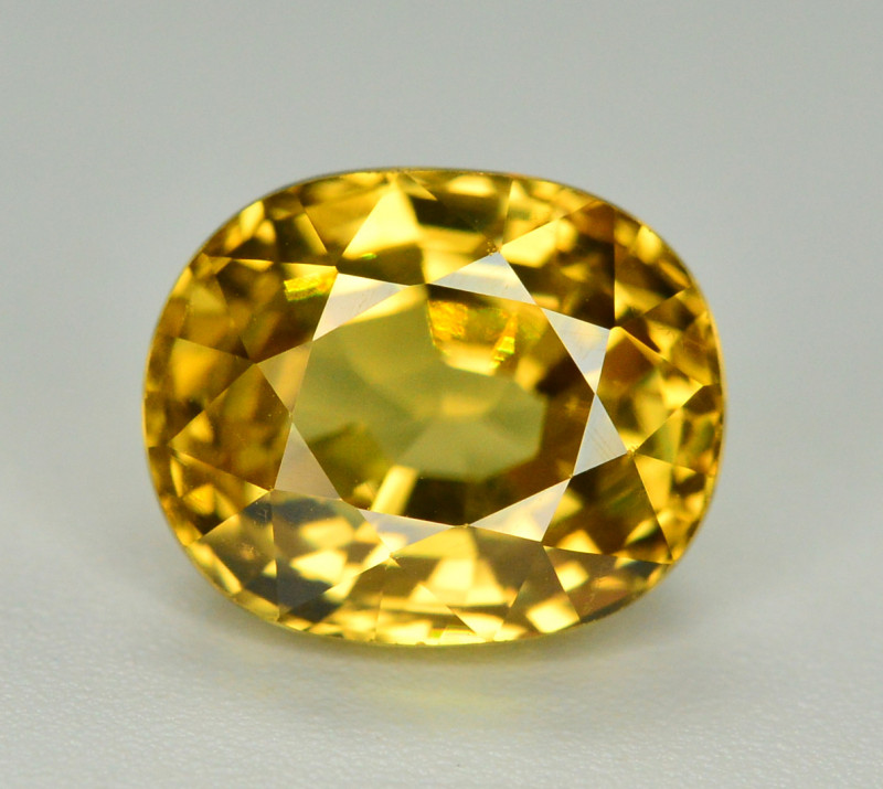 4.60 Ct Gorgeous Color Natural Yellow Zircon