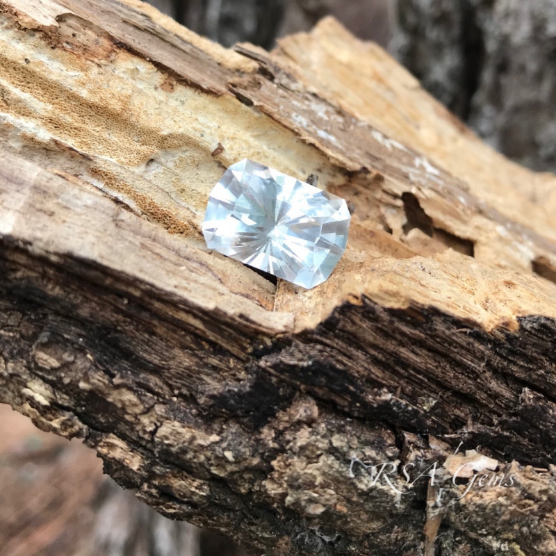 Crisp Topaz - 10.37 carats