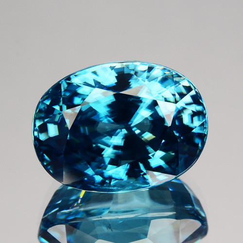 ~DAZZILING~ 10.87 Cts Natural Zircon - Blue - Cambodia Gem