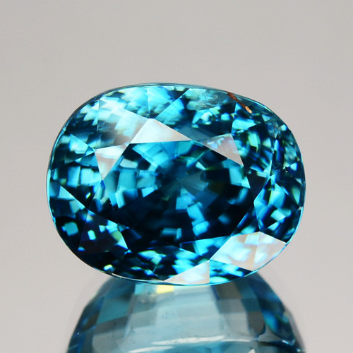 ~DAZZILING~ 11.04 Cts Natural Zircon - Blue - Cambodia Gem