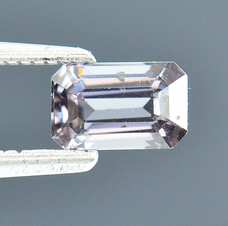 0.94 Ct Untreated Awesome Spinel Excellent Color S58