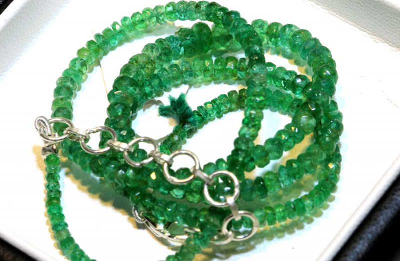 49.75- CTS EMERALD BEADS STRAND PG-2599