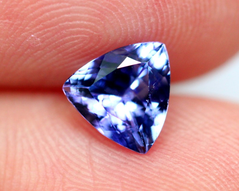 1.13cts TOP Colour Violet Blue D Block Tanzanite / QQ10