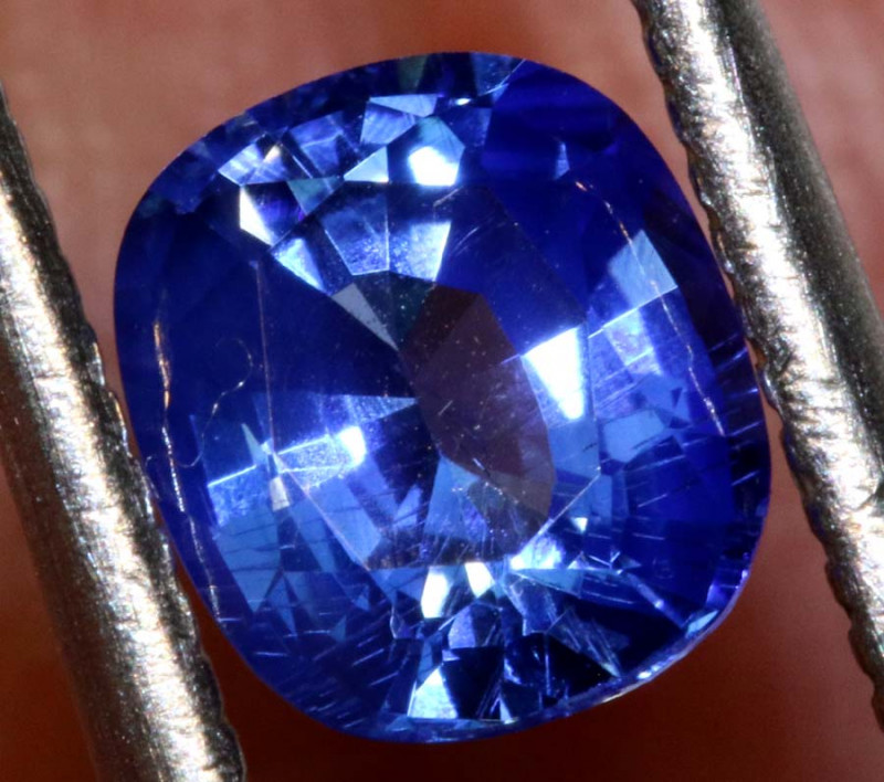 1.04 CTS-  CERTIFIED SRILANKAN SAPPHIRE FACETED TBM-1874