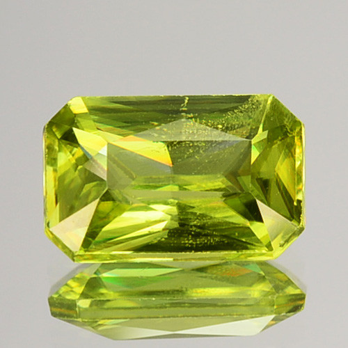 1.32 Cts Natural Olive Green Sphene Radiant Cut Russia