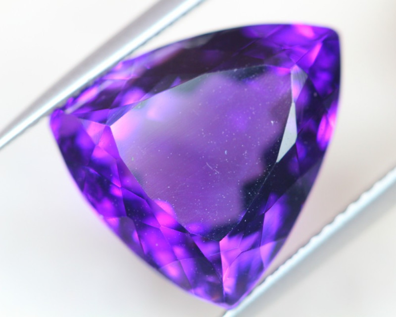 11.95Ct Natural Purple Amethyst Trillion Cut Lot LZB548