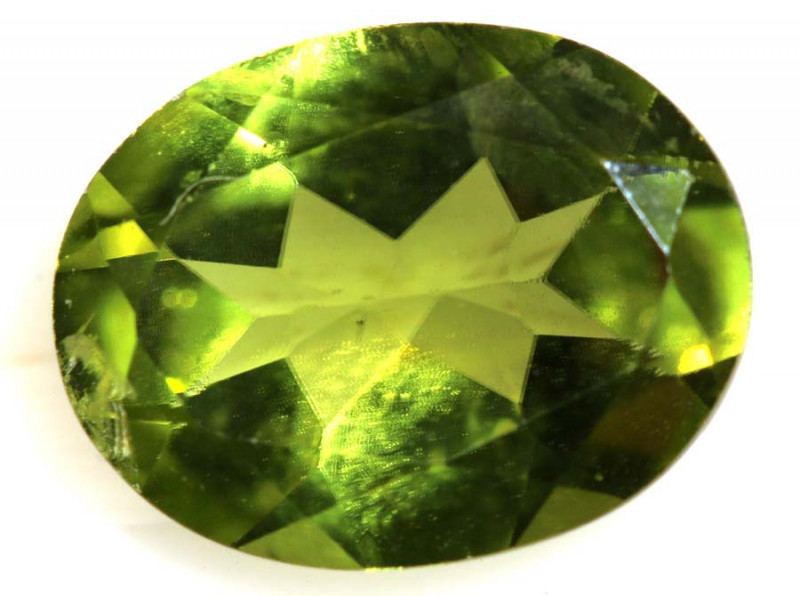 1.65 CTS  PERIDOT FACETED STONE  PG-914