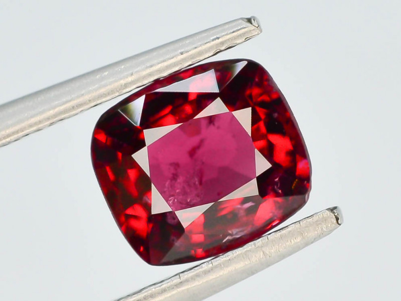 GIL~CERTIFIED~0.97 ct Red Color Spinel Untreated/Unheated ~Burma