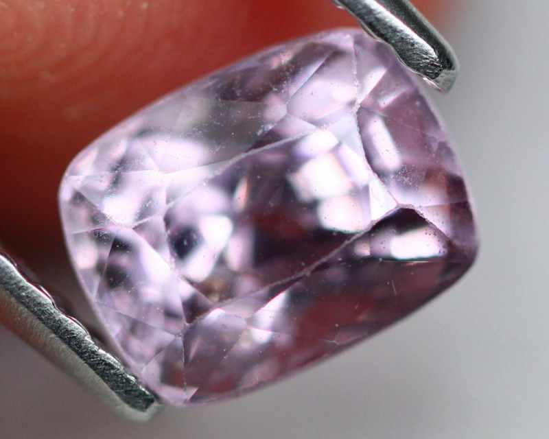 Spinel 1.55Ct  Natural Pink Spinel A2601