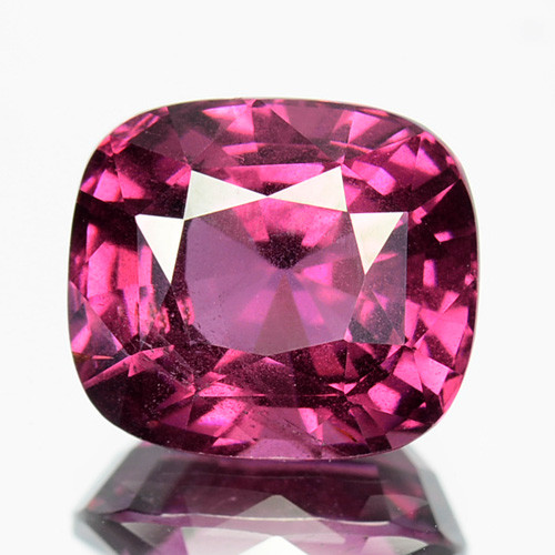9 Inches Strand Rhodolite Pink Garnet Faceted Cushion Size 6mm