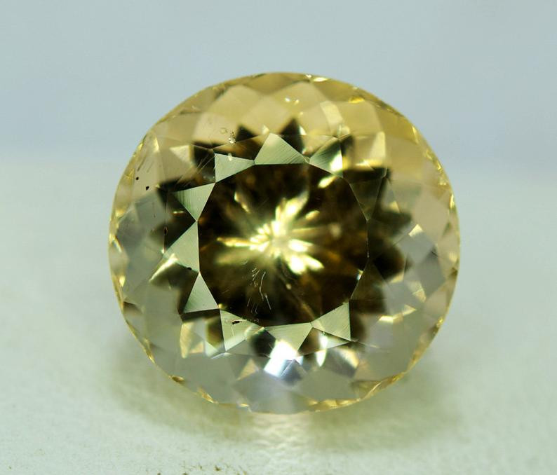 9.90 Carats Lovely Morganite Gemstone