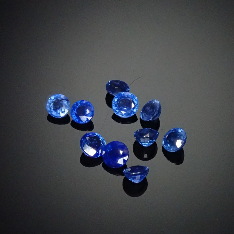 1.31tcw 3mm Round Sapphires (10 Count)
