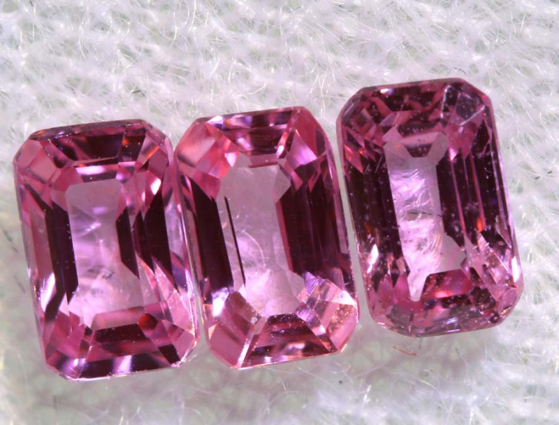 1.16 CTS-  PINK SAPPHIRES FACETED PARCEL PG-2759