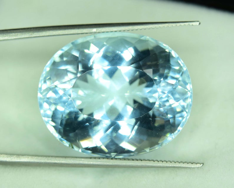 30.50 cts Natural Aquamarine Gemstone