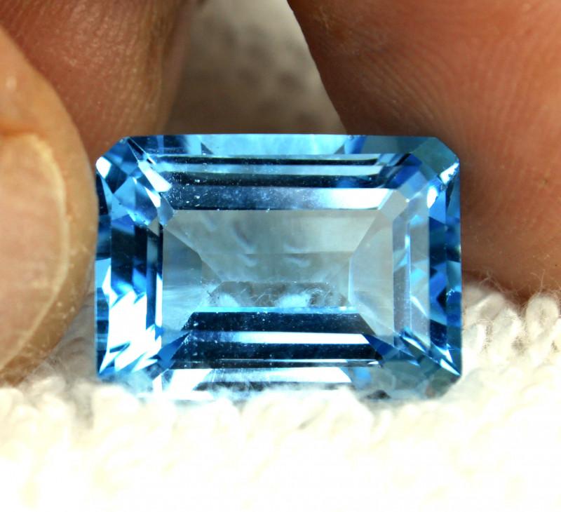 15.75 Carat VVS Blue Brazil Topaz - Gorgeous