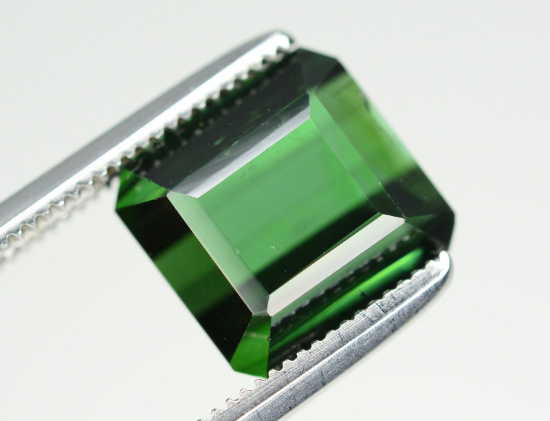 Top Color 3.75 Ct Natural Green Tourmaline