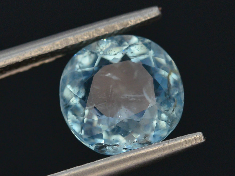 2.40 ct Natural Untreated Aquamarine ~ AD