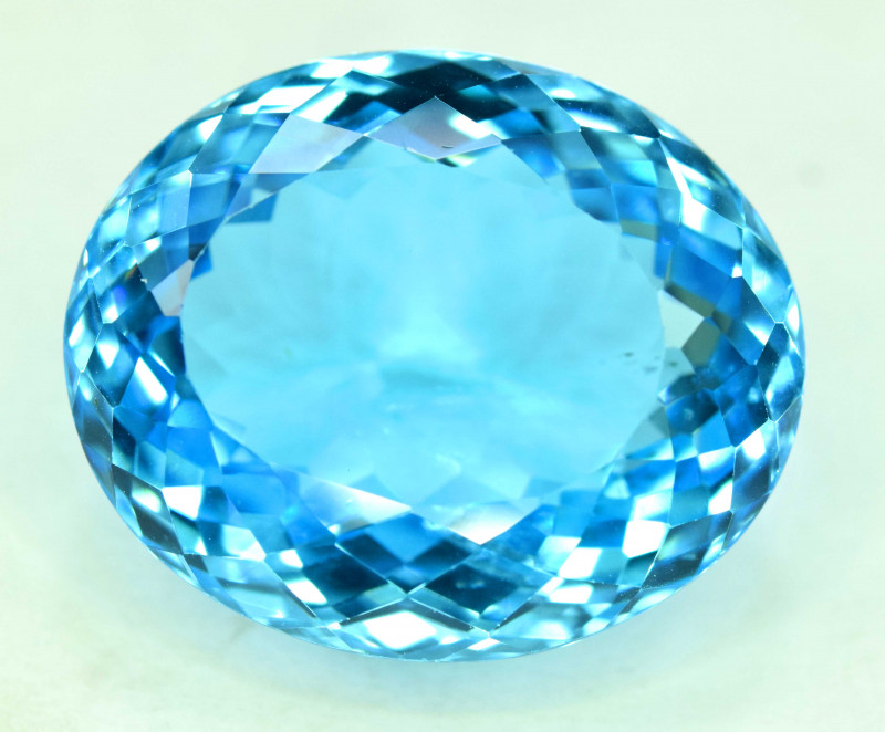 34.15 cts Blue Topaz Gemstone