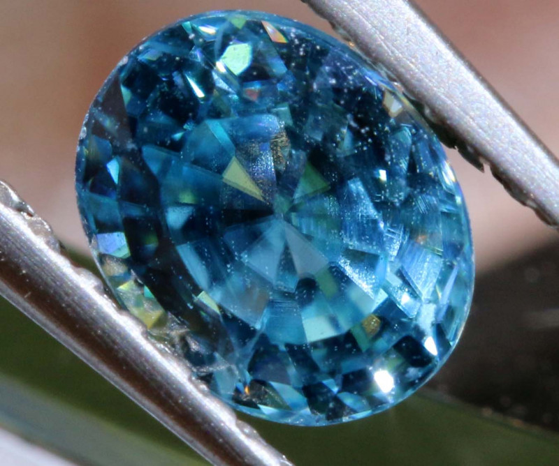 1.21 CTS NATURAL BLUE ZIRCON FACETED PG-2945