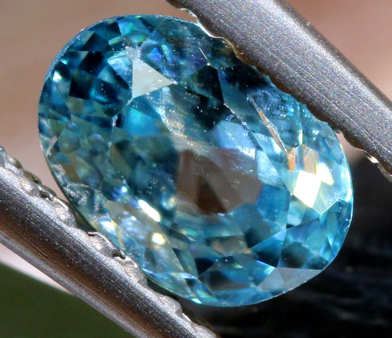 1.12 CTS NATURAL BLUE ZIRCON FACETED PG-2948