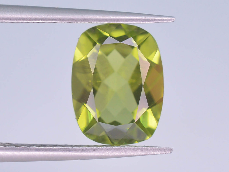 2.20 Ct Untreated Green Peridot ~ AD