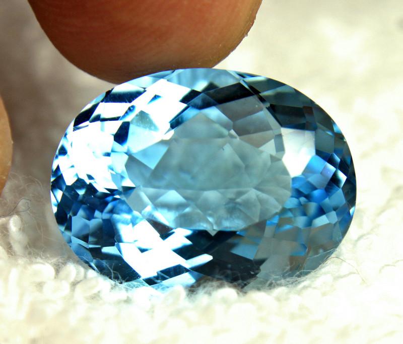 25.36 Carat Blue Brazil VVS Topaz - Gorgeous