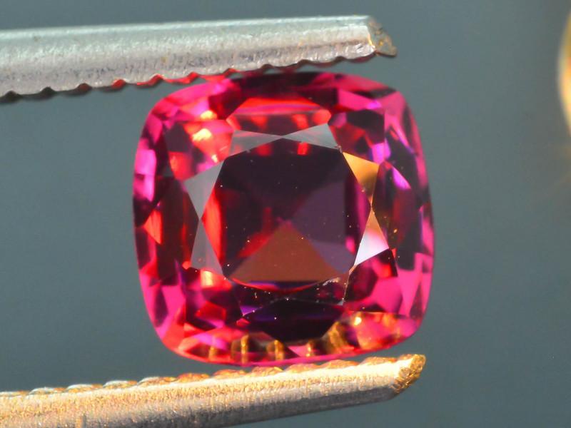 1.63 ct Color Change Malaya Garnet