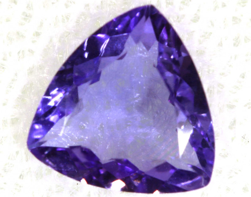 0.80 CTS  TANZANITE  FACETED  STONE  PG-2862