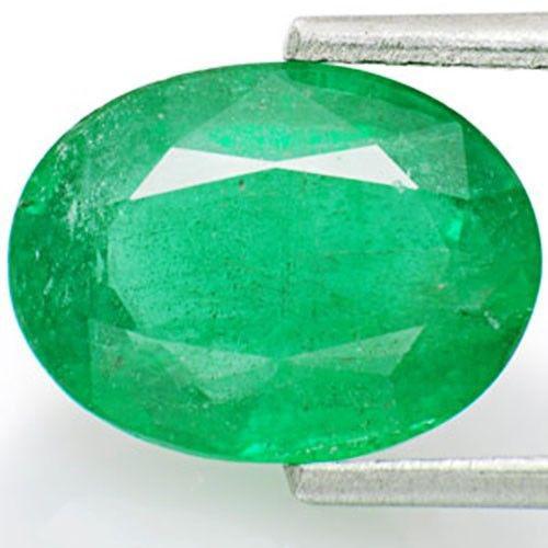 Zambia Emerald, 2.54 Carats, Dark Green Oval