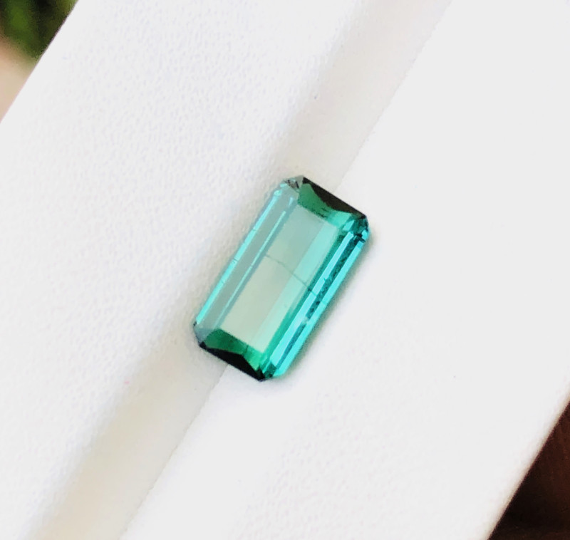 1.90 Ct Natural Blueish Transparent Tourmaline Gemstone