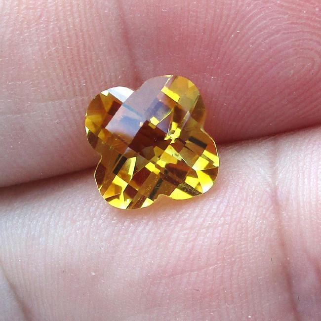 2.92cts Golden Yellow Citrine Flower Checker Board Cut