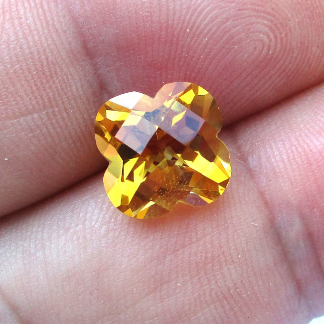 4.01cts Golden Yellow Citrine Flower Checker Board Cut