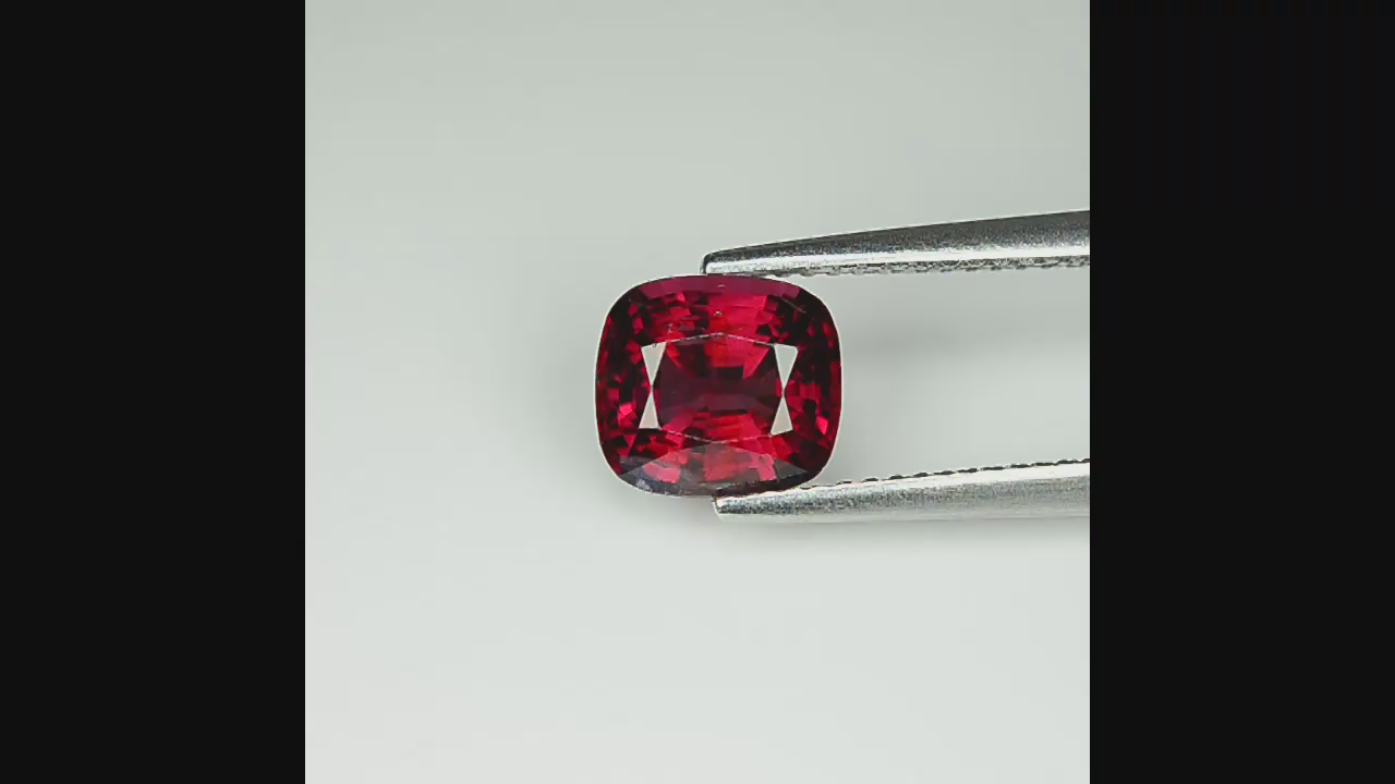 2 32 Cts Unheated Red Spinel (Mogok, Burma) SR4