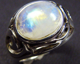 MOONSTONE  STYLISH  SILVER RING  SIZE   8 GRR 146