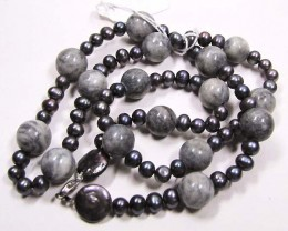 NECKLACE LK0637 FRESHWATER GREY PEARLS WITH NAT.GREY JADE