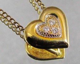 18 K GOLD HEART SHAPE DIAMOND PENDANT  LGN 906