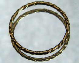 ENGLISH MADE 9K TWISTED GOLD WIRE RING SIZE 4 1/2 CO808