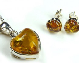 BALTIC AMBER SILVER PENDANT AND EARRING  TCW 29 CTS  MYG256