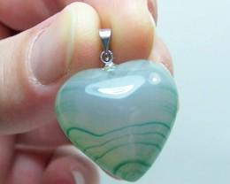 CLEARANCE~41ctw Lovely Genuine Green Agate Heart Pendant
