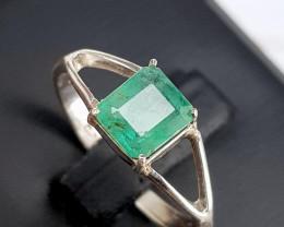 Natural Emerald RIng.